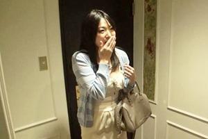 山本美和子 デリヘル嬢を呼んだらまさかの知り合いだった!本番中出し膣内射精までしちゃった