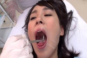 北川ゆず 歯科医に来たお姉さんが口の中にザーメンを注ぎ込まれる!お掃除フェラからごっくんまで