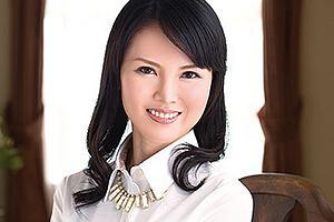 【初撮り】熊谷みさ子 清楚な雰囲気の熟女マダムが下品にイキ潮を撒き散らす!