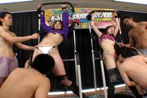 拘束されたギャル達をくすぐり地獄!スカートを脱がされパンツ露出のまま全身リップ!