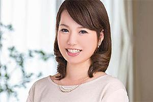 【初撮り人妻ドキュメント】小倉沙織 マブ可愛い美人妻がカメラの前で電マオナニー!