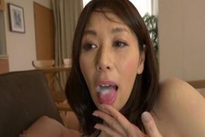 翔田千里 巨乳の熟女型ダッチワイフをゲット!ちんぽを濃厚フェラしてもらいザーメンを口内射精