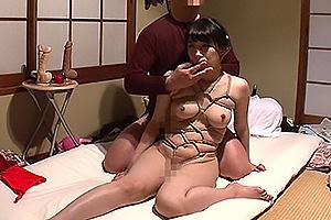 永井みひな 性欲処理担当の肉便器として毎日のように変態オヤジに犯されてしまう美人人妻