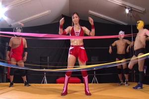 愛弓 ムキムキ筋肉ボディな美少女プロレスラー、リングの上でマングリ返しの中出しSEX