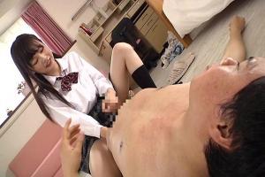 跡美しゅり 淫乱すぎるJKが家庭教師に来た冴えない男のちんぽをいやらしく手コキ