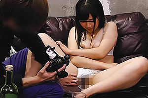 川崎亜里沙 巨乳美女とカメラで撮りながらエッチ!クンニ手マンで潮吹き絶頂