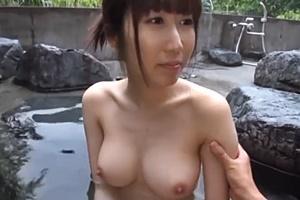 星あんず 巨乳美人と露天風呂で野外SEX!手マンが気持ちよくて潮吹き絶頂