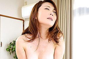 【初撮り人妻ドキュメント】河島碧里 見るからにスケベそうな顔の美人妻が3P!