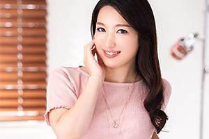 【初撮り人妻ドキュメント】中嶋香 熟れたカラダの美人妻がカメラの前で他人棒をフェラ!
