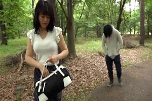 浅井舞香 息子を理想の彼氏に育てたシングルマザーの四十路熟女!息子を温泉旅行へと連れ出す