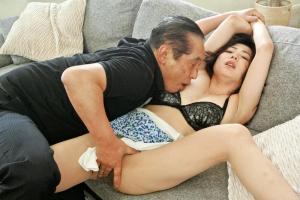 加納綾子 スレンダー美人人妻が姉の夫を寝取る勃起ちんこ根本まで一気に挿入され絶頂
