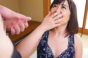 桐谷園子 四十路すぎのアラフィフ熟女人妻がAVデビュー!エロいランジェリー姿で手マンに喘ぐ!