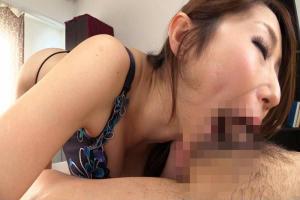 篠田あゆみ 巨乳美女のちんぐり返しアナル舐め極上バキュームフェラで口内射精