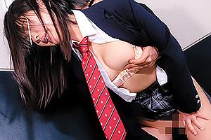 いきなり変態男に襲い掛かられる美少女JK!まだ濡れていないオマンコにずっぷり即ハメレイプ!