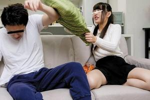 美少女が兄と近親相姦!バレないように親に隠れて男根をフェラご奉仕する妹がエロい!