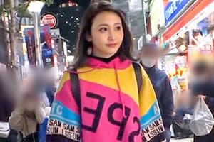 【ナンパTV】美乳美脚のモデル級スレンダー女子大生の美顔にぶっかけ!