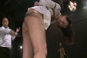 安野由美 拘束宙吊り状態でバイブ責めムチでお尻叩かれ真っ赤にしながら感じるマゾ奴隷