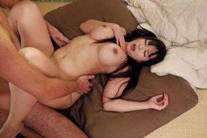 KAORI 身体つきがムチムチでエッチすぎる!グラドル顔負けの爆乳美女と濃厚セックス!