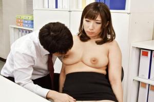 彩奈リナ 密かに思いを寄せていたスレンダー巨乳の上司の時を止めてエッチに悪戯しちゃう!