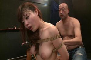 浜崎真緒 縛られてたわわなおっぱいが強調されてる巨乳美女が見るからにエロすぎる!