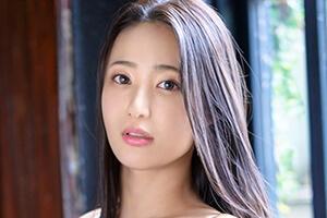 松岡すず 商社勤務の超インテリ美女がプレステージから専属デビュー