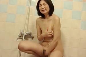 清野ふみ江 五十路熟女がお風呂でオナニー!おっぱいやおマンコを弄って感じる姿がいやらしい