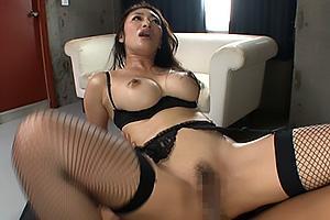 小早川怜子ガーターベルトに黒ランジェリーのセクシー巨乳美女!媚薬を使われキメセクファックでアへ顔