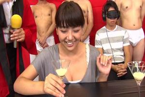 ザーメンごっくん飲み比べて彼氏の精液当てるテイスティングゲームの罰ゲームは目の前で寝取って中出し