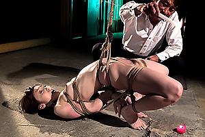 樹花凜 美乳美女OLを拘束ロウ責めや手マンで活かせまくり奴隷に調教する