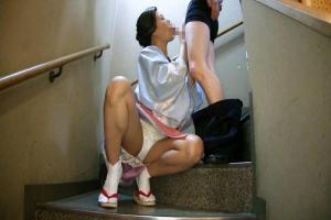片瀬仁美 美熟女女将がエッチなサービス乳首おマンコ舐めさせ勃起チンコをフェラしてくれる