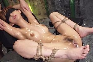 麻生希 スレンダー美女が目隠し緊縛拘束されて電マとローター責めで感じまくり!