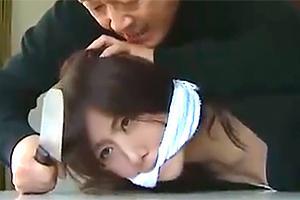 【ヘンリー塚本】「じっとしてろよ!」脱獄犯に押入られ無理やりレイプされる悲劇!