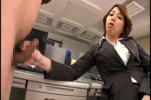 仲丘たまき 高飛車高身長な女社長は部下のM男を犯しまくりの性処理道具扱い!
