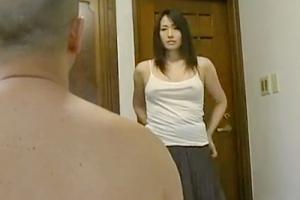 【ヘンリー塚本】自分より10歳年下の義母と不倫関係になり反り立つマラを肉欲まみれでセックス