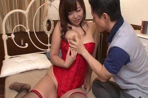 KAORI 巨乳セクシーランジェリー訪問販売員に手コキフェラでヌカれちゃう