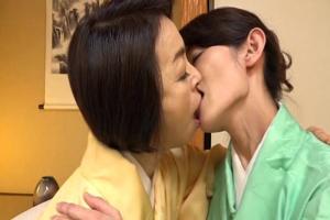藍川京子 庄司優喜江 着物姿の五十路熟女達が濃厚レズセックス!ディープキスを交わし体を貪りあう