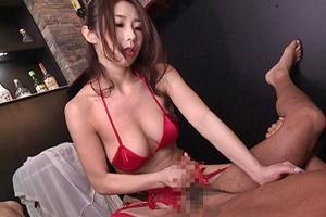 篠田あゆみ 下着姿の巨乳痴女に寸止め手コキ&ペニバンアナル責めで射精させられちゃう