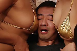 須藤早紀 相内つかさ ビキニ姿のソープ嬢達に囲まれハーレムプレイ!巨乳と巨尻で揉みくちゃにされる