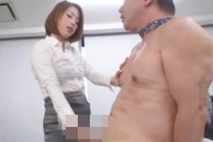 かすみりさ美女OLがM男の男根を手コキで責める!乳首をつねられながらシコシコするドS痴女