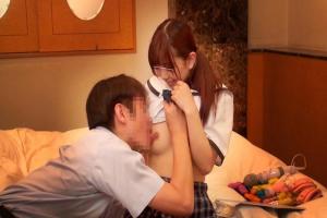 父親目線で見てもロリ可愛くてたまらない美少女JKの娘に発情をしてしまって襲ってしまう