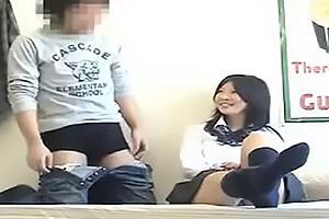 制服JKを連れ込みセックス隠し撮り!盗撮カメラが仕掛けられているとは知らずバックで突かれちゃう