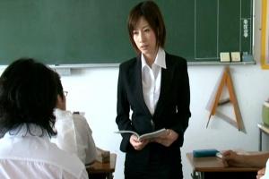 奥田咲 デカパイの女教師が不良達に弄ばれてしまう!巨乳を露出させ揉みまくり輪姦レイプ