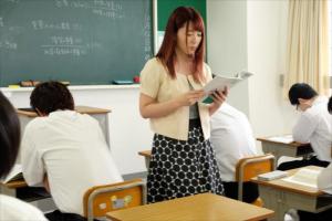 波多野結衣 美人な女教師に媚薬を盛って襲い掛かる生徒!無理矢理ちんぽをぶち込み鬼畜レイプ