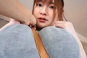 筧ジュン ニットの爆乳おっぱいに食い込むパイスラ!ふわふわな神乳でちんぽを着衣パイズリ