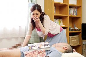 佐々木あき 人妻が欲求不満で義弟の男根をフェラしていたら起こしてしまった結果