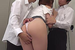 梨々花 脅迫された女教師が生徒達の肉便器化と化す!パンツを食い込まされ3Pファック