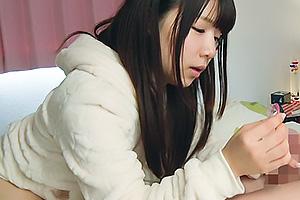 愛須心亜 清楚で優しいお姉ちゃんが弟にリアル性教育で近親相姦フェラチオ抜き