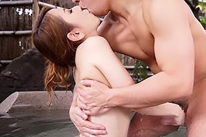 北川エリカ 欲求不満な巨乳人妻が不倫旅行!露天風呂でも部屋でもハメまくり