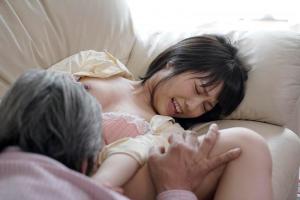 戸田真琴 激カワJKの娘に欲情した義父!思春期まんこをクンニ責めして近親相姦レイプ