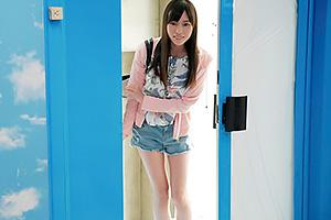 【マジックミラー号】スレンダー美脚の巨乳女子大生をナンパ!デカマラ巨根で即ハメされて悶絶